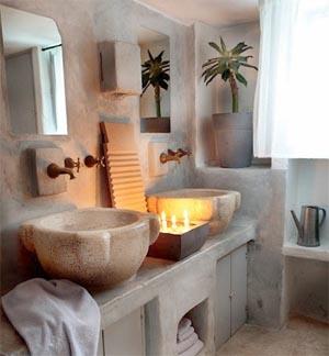 Idee bagno in pietra naturale e ricostruita - Bagno rustico moderno ...